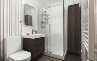 Ванная с душевой кабинкой — фото