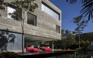 Кубический интерьер особняка casa cubo от компании studio mk27, сан-паулу, бразилия