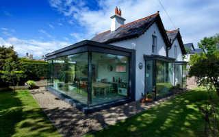 Оформление пристройки к дому 50-х годов хх века в дублине — необычный дом с прозрачной крышей от команды gkmp architects