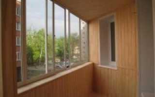 Евровагонка для балкона – нюансы отделки