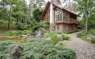 Потрясающий загородный дом на склоне живописного холма